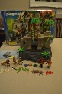 Playmobil #4842 Treasure Temple