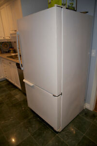 Amana Fridge/Freezer