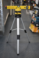 Trademaster Laser Level with Tripod Winnipeg Manitoba Preview