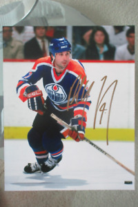 Hockey player Paul Coffe signed photo and signed puck