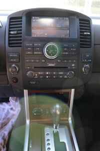 NISSAN Pathfinder LE 4X4 2008 fully loaded. Excellent condition London Ontario image 9