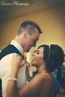 Looking for a stylish wedding photos?