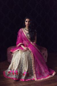 NEW Indian wedding dress / outfit / Lehnga