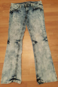 NEW AMETHYST JEANS SIZE 13 NEVER WORN