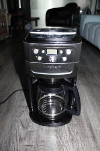 CUISINART Automatic Burr Grind and Brew 12 cup coffeemaker
