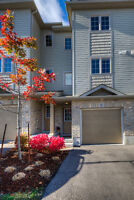 IMMACULATE TOWNHOUSE WALKING DISTANCE TO AMENITIES