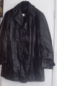 VINTAGE 1/2 LENGTH BLACK LEATHER COAT West Island Greater Montréal image 1