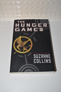 The hanger Games Suzanne Collins book brand new English****