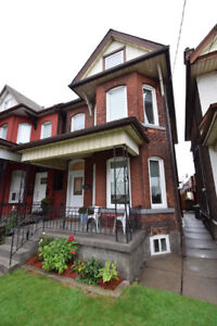 OPEN HOUSE THIS SAT AND SUN OCT 20/21! BEAUTIFUL HAMILTON HOME!