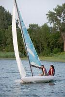Voilier Dériveur Classique 21  pieds. Classic Sailboat