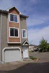 Upgraded Townhouse in Lakewood S C