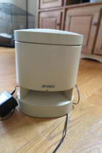 Jensen wireless speaker