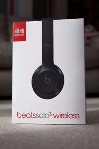 Beats solo three headphones