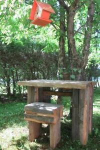 table et banc en bois de grange massif