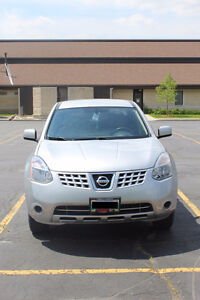 2010 Nissan Rogue SUV. LOW KM. Safetied