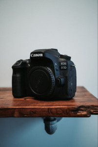 Canon 80D with 18-55mm with polarizer!