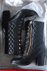 GUESS Quilted Lace up Leather boots. Worn twice. Great Condition