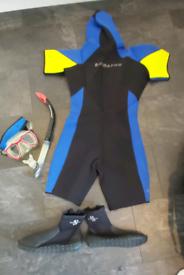Scubapro shortie 5mm wet suit , size boys XL