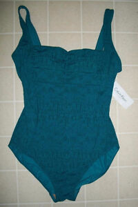 CALVIN KLEIN ONE PIECE SWIMSUIT SNAKE PRINT SQUARE NECK SIZE 8