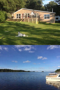 Cozy Waterfront Thousand Island cottage for rent