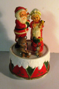 Santa and Mrs Claus Revolving Music Box