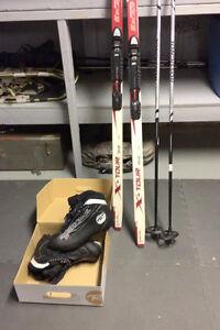 Mens Xcountry Ski Set