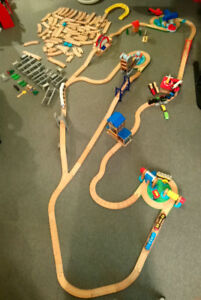 Thomas and Kidscraft wooden train set track and accessories