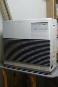 Monitor 441 oil/kerosene heater with tank, line, flue $1000 obo