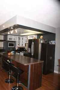 Townhouse Condominium for sale - Appliances included!