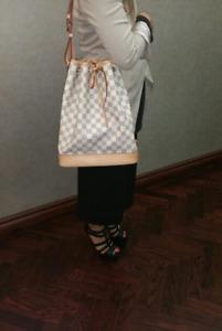 Brand new authentic Louis Vuitton noe bag in damier azur