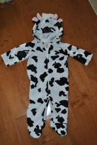 Old Navy Brand Cow Costume for Baby 3-6 month size