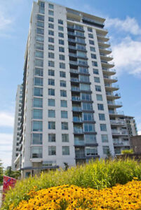 Beautiful One 1 Bedroom Highrise Condo with Views (C. Lonsdale)