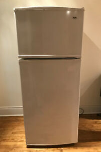 "28"" White Inglis Fridge and Freezer"