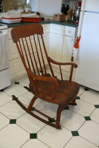 BEAUTIFUL ANTIQUE ROCKER