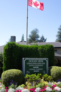 Greater Vancouver: double urn or one casket plot prime location