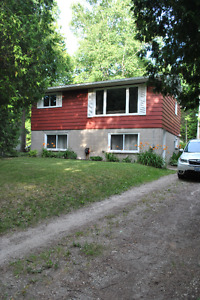 Home for Rent Inverhuron - Close to Bruce Power