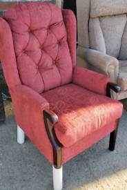 Chair - Quality Extra Comfy Red Fabric Highback Buttoned Chair. Newish
