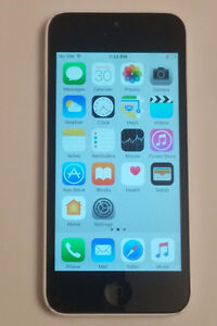 iPhone 5c, white, 16GB, locked to Rogers wireless