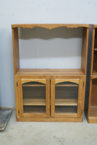 PINE BOOKCASE WITH DISPLAY AREAS IN GREAT CONDITION.