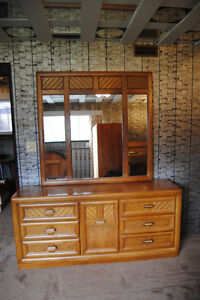 dresser with mirror - solid wood, 6 draws and centre cupboard