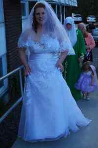 Wedding dress for sale West Island Greater Montréal image 1