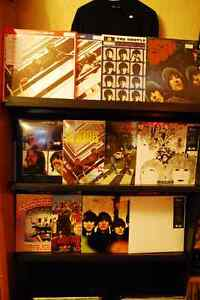 NEW & USED RECORDS