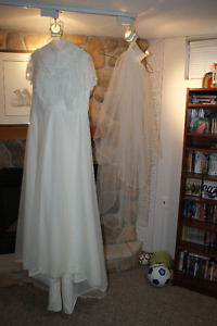 Wedding Gown and Headpiece / Veil