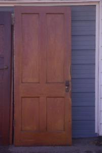 ANTIQUE SOLID FRONT DOOR FROM CLANCY HOUSE IN SCARBOROUGH