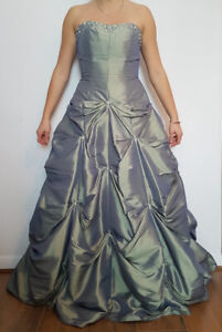 Robe de Bal style princesse Verte/sage - Green/sage Prom dress