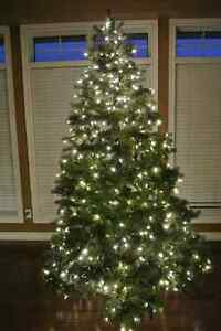 7.5ft Pre-lit Artificial Christmas Tree