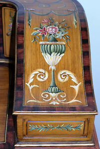 Early 20th century Carlton House Writing Desk with chair (2) Gatineau Ottawa / Gatineau Area image 10