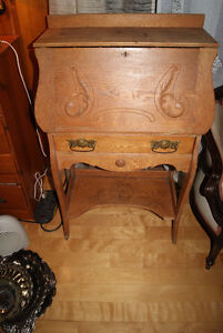 ANTIQUE VICTORIAN SECRETAIRE DESK - SOLID WOOD (OAK)