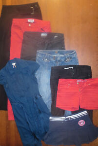 Lot vêtements femme - jeans - short - jupe - robe