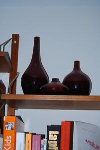 Three red glass vases/trois vases en verre rouge Gatineau Ottawa / Gatineau Area image 1